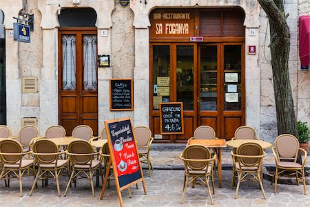 street cafe day - Alley with restaurant in the picturesque mountain village Valldemossa, Tramuntana Moutains, Majorica, Balearic Islands, Spain Stock Photo - Rights-Managed, Code: 700-07849616