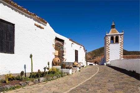 quaint - Alley by the church of Santa Maria de Betancuria, Betancuria, Fuerteventura, Las Palmas, Canary Islands Stock Photo - Rights-Managed, Code: 700-07945290