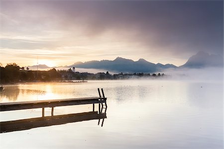 fog (weather) - Jetty in Autumn, Lake Hopfensee, Swabia, Bavaria, Germany Stock Photo - Rights-Managed, Code: 700-08103036