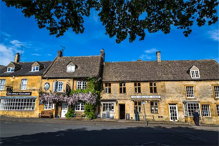 european bar building - Streetscene, Stow-on the-Wold, Gloucestershire, The Cotswolds, England, United Kingdom Stock Photo - Rights-Managed, Code: 700-08122104