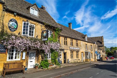 european bar building - Stow-on the-Wold, Gloucestershire, The Cotswolds, England, United Kingdom Stock Photo - Rights-Managed, Code: 700-08122103