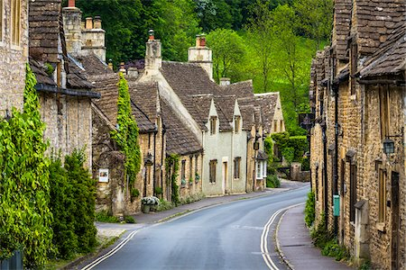 Castle Combe, Wiltshire, The Cotswolds, England, United Kingdom Stock Photo - Rights-Managed, Code: 700-08122216