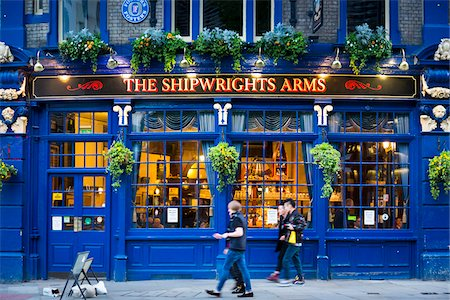Shipwrights Arms pub, Tooley Street, London, England, United Kingdom Stock Photo - Rights-Managed, Code: 700-08145856