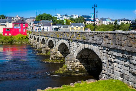 Killorglin County Bridge, River Laune, Killorglin, along the Skellig Coast on the Ring of Kerry, County Kerry, Ireland Stock Photo - Rights-Managed, Code: 700-08146429