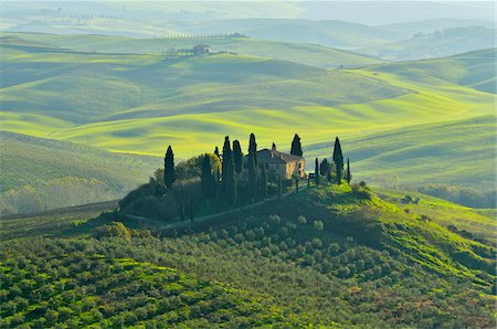 scenic view - Tuscany Countryside with Farmhouse, San Quirico d'Orcia, Val d'Orcia, Province of Siena, Tuscany, Italy Stock Photo - Rights-Managed, Code: 700-08274370