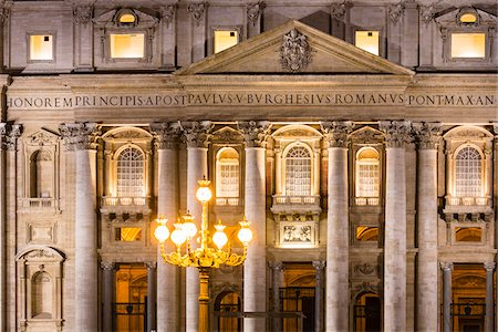 St Peter's Basilica, detail of the entrance and columns illuminated at dusk, Vatican City, Rome, Italy Stock Photo - Rights-Managed, Code: 700-08567270