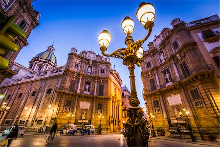 South and West buildings and illuminated lamp post at Piazza Vigliena (Quattro Canti) on Corso Vittorio Emanuele at dusk in Palermo in Sicily, Italy Stock Photo - Rights-Managed, Code: 700-08701897