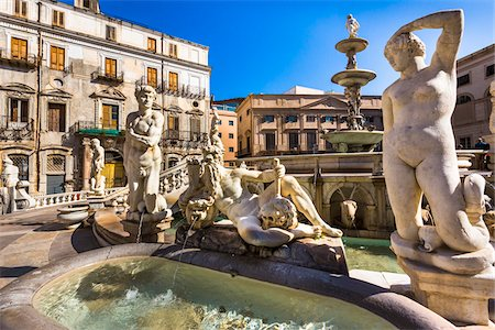 Close-up of a variety of statues at the Pretoria Fountain in Piazza Pretoria (Pretoria Square) in the historic center of Palermo in Sicily, Italy Stock Photo - Rights-Managed, Code: 700-08701909