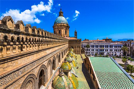 Rooftop of the Palermo Cathedral with domes in the historic city of Palermo in Sicily, Italy Stock Photo - Rights-Managed, Code: 700-08701929