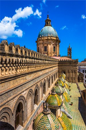 Rooftop of the Palermo Cathedral with domes in the historic city of Palermo in Sicily, Italy Stock Photo - Rights-Managed, Code: 700-08701930