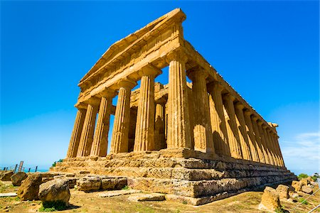 Temple of Concordia at Valle dei Templi in Ancient Greek City at Agrigento, Sicily, Italy Stock Photo - Rights-Managed, Code: 700-08702029