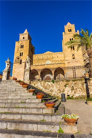 Steps in front of Cefalu Cathedral in Cefalu, Sicily, Italy Stock Photo - Rights-Managed, Code: 700-08713428