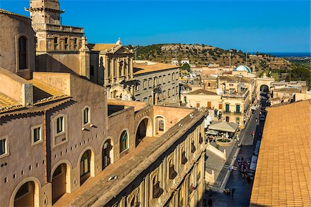 Overview of rooftops of historic buildings in the city of Noto in the Province of Syracuse in Sicily, Italy Stock Photo - Rights-Managed, Code: 700-08723155