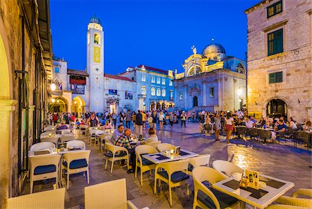 european bar building - Restaurant Patio in Luza Square at Dusk in Dubrovnik, Dalmatia, Croatia Stock Photo - Rights-Managed, Code: 700-08765339