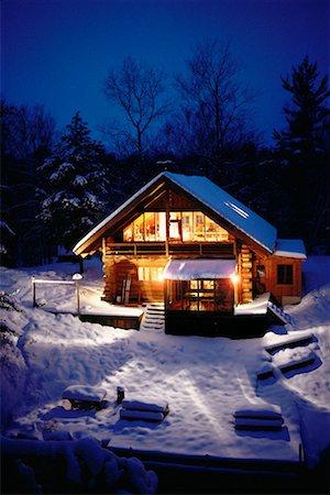 Cabin in Winter Haliburton, Ontario, Canada Stock Photo - Rights-Managed, Code: 700-00009272