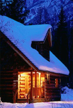Cabin in Winter, near Kimberley British Columbia, Canada Stock Photo - Rights-Managed, Code: 700-00015127