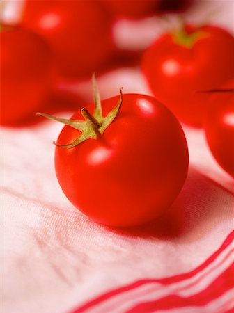Close-Up of Tomatoes Stock Photo - Rights-Managed, Code: 700-00029599
