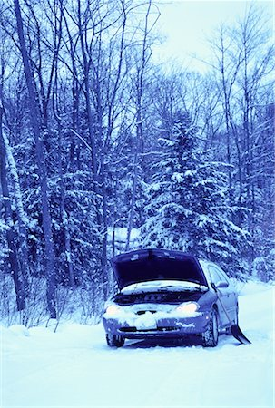Stalled Car at Roadside in Winter, Ontario, Canada Stock Photo - Rights-Managed, Code: 700-00065025
