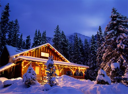 Cabin Stock Photo - Rights-Managed, Code: 700-00155566