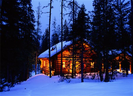 Cabin in the Woods Stock Photo - Rights-Managed, Code: 700-00155603