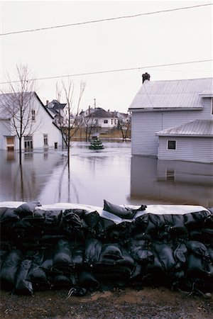 flooded homes - Flooding on the Clyde River Stock Photo - Rights-Managed, Code: 700-00158436
