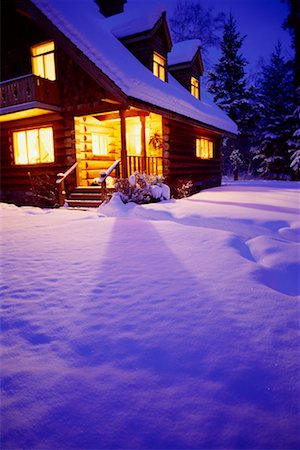 Cabin in the Woods Stock Photo - Rights-Managed, Code: 700-00159264