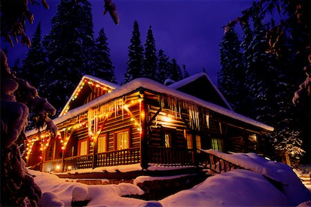 Cabin in the Woods Stock Photo - Rights-Managed, Code: 700-00159266