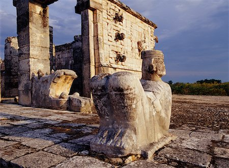 Chac Mool Temple of the Warriors Chichen Itza, Yucatan Mexico Stock Photo - Rights-Managed, Code: 700-00165997