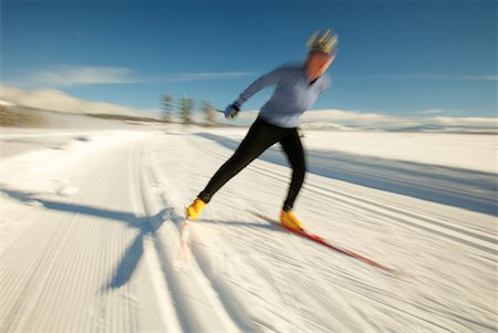 Woman Cross Country Skiing Stock Photo - Rights-Managed, Code: 700-00161274