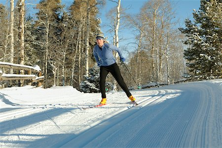 Woman Cross Country Skiing Stock Photo - Rights-Managed, Code: 700-00161277