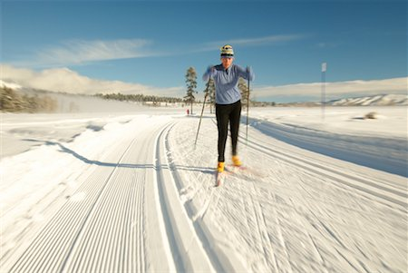 Woman Cross Country Skiing Stock Photo - Rights-Managed, Code: 700-00161278