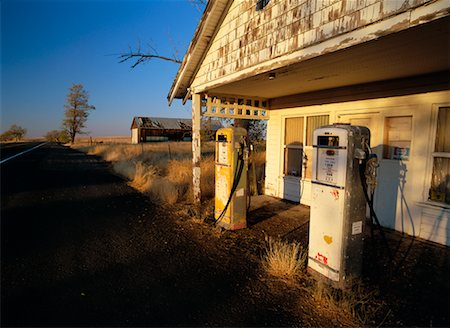 rural gas station - Abandoned Gas Station Stock Photo - Rights-Managed, Code: 700-00162247