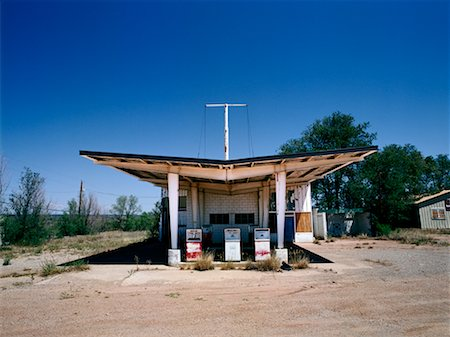 rural gas station - Abandoned Gas Station on Route 66 New Mexico, USA Stock Photo - Rights-Managed, Code: 700-00268196