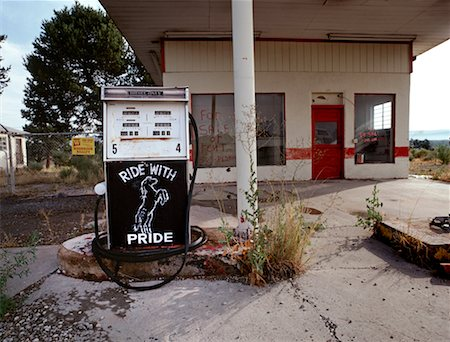 rural gas station - Abandoned Gas Station Route 66, New Mexico, USA Stock Photo - Rights-Managed, Code: 700-00270590