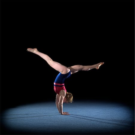 Gymnast doing the Splits Stock Photo - Rights-Managed, Code: 700-00318567