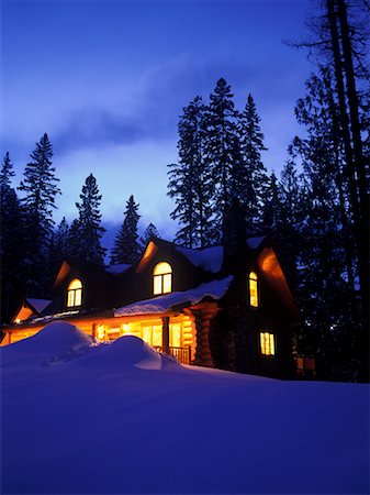 Log Cabin Stock Photo - Rights-Managed, Code: 700-00377950