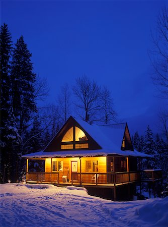 Winter Cabin, Near Kimberley, British Columbia, Canada Stock Photo - Rights-Managed, Code: 700-00519457