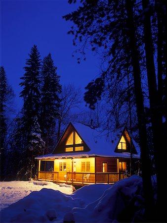 Winter Cabin, Near Kimberley, British Columbia, Canada Stock Photo - Rights-Managed, Code: 700-00519460
