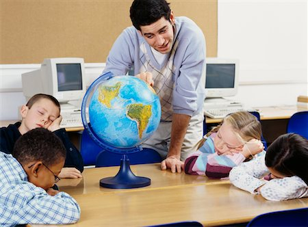 simsearch:600-01184690,k - Teacher and Children in Classroom Stock Photo - Rights-Managed, Code: 700-00524553