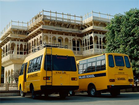 School Busses Outside Palace, Jaipur, Rajasthan, India Stock Photo - Rights-Managed, Code: 700-00529476