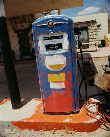 rural gas station - Old Gas Pump Stock Photo - Rights-Managed, Code: 700-00546711