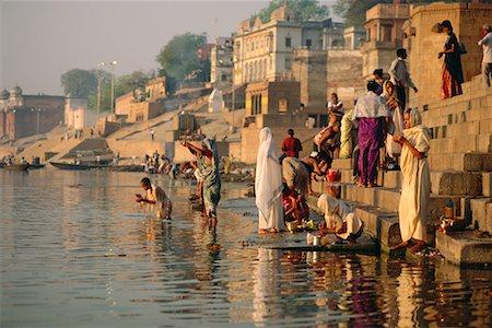 Pilgrims on the Ganges River, Varanasi, Uttar Pradesh, India Stock Photo - Rights-Managed, Code: 700-00554551