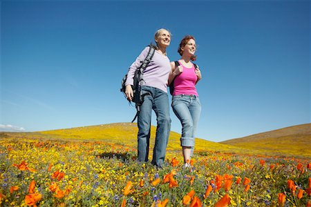 simsearch:600-00846421,k - Mother and Daughter Hiking Stock Photo - Rights-Managed, Code: 700-00554649