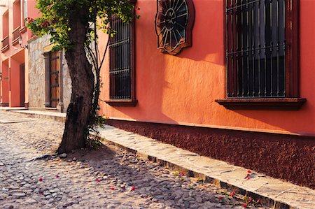Colourful Buildings, San Miguel de Allende, Guanajuato, Mexico Stock Photo - Rights-Managed, Code: 700-00560823