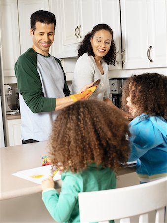 picture black girl washing dishes - Family in Kitchen Stock Photo - Rights-Managed, Code: 700-00588682