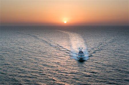 david zimmerman - Ship on Ocean, Indian Ocean, Goa, India Stock Photo - Rights-Managed, Code: 700-00635333
