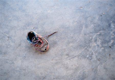 Child's Shoe, New Delhi, India Stock Photo - Rights-Managed, Code: 700-00768269