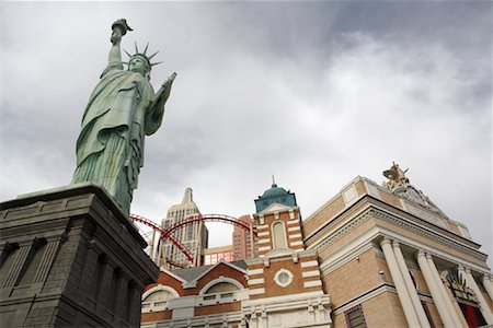 david zimmerman - Statue of Liberty Replica, Las Vegas, Nevada, USA Stock Photo - Rights-Managed, Code: 700-00866897