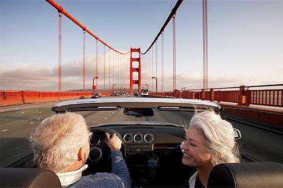 Couple Crossing Golden Gate Bridge, San Francisco, California, USA Stock Photo - Premium Rights-Managed, Artist: Mark Leibowitz, Image code: 700-00983394