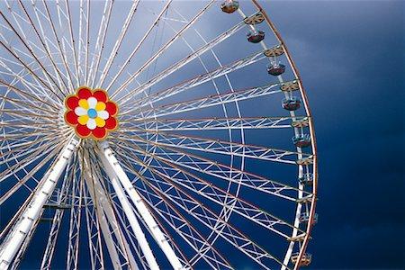 dpruter - Ferris Wheel, Vienna, Austria Stock Photo - Rights-Managed, Code: 700-01030334